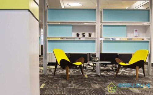 Офисная комната