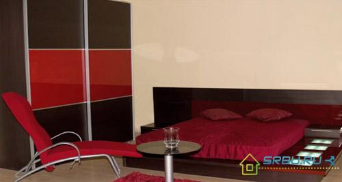 Спальня со встроенной подсветкой кровати