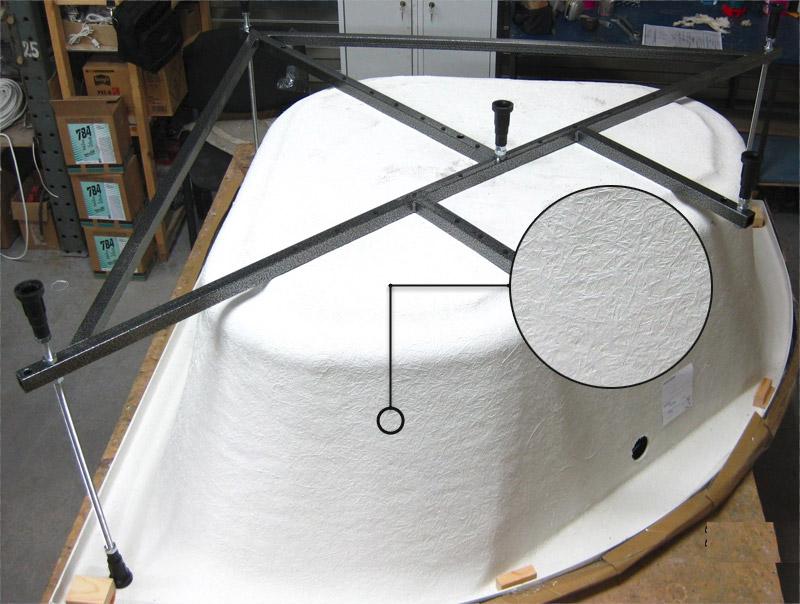 Установка акриловой угловой ванны на каркасе