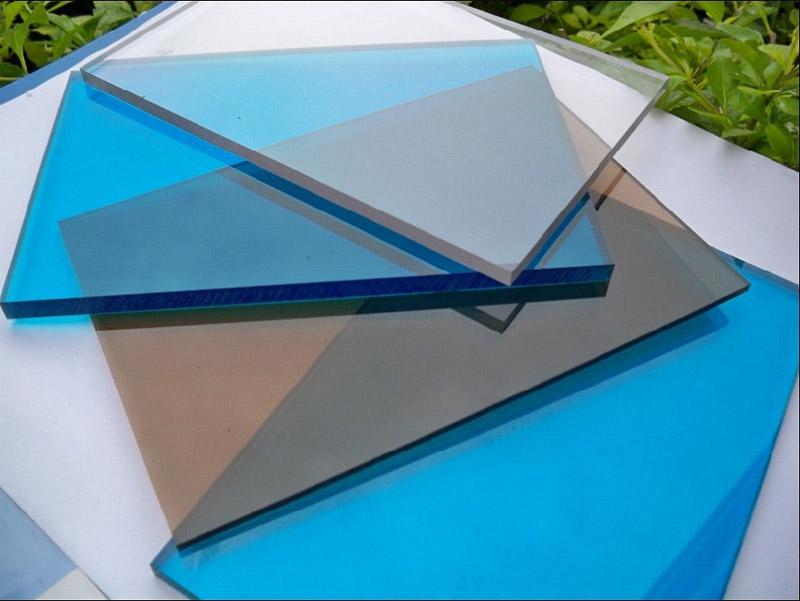 Монолитный поликарбонат цвета