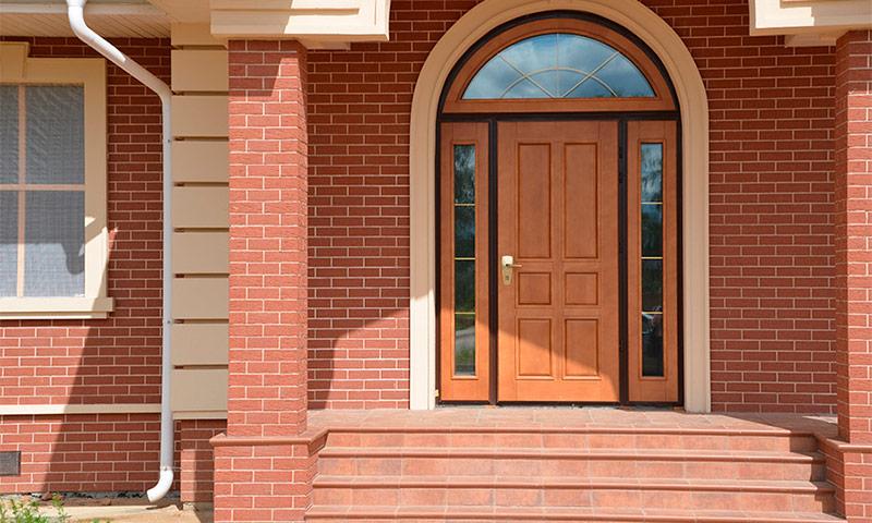 Rакие двери поставить в частный дом чтобы не промерзала