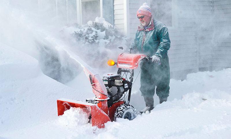 Рейтинг снегоуборщиков бензиновых и электрических по надежности на основании отзывов пользователей