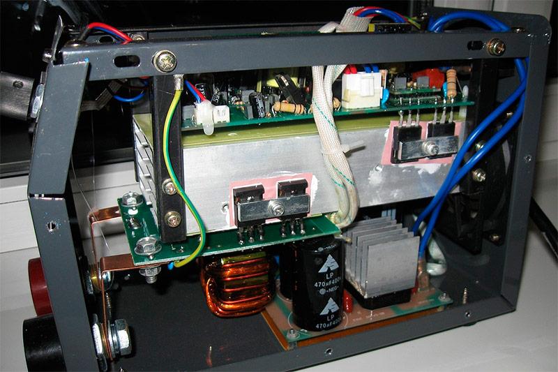 Инвертор с транзисторами IGBT