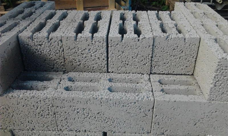 Кирпич из керамзитобетона цена контейнер для цементного раствора