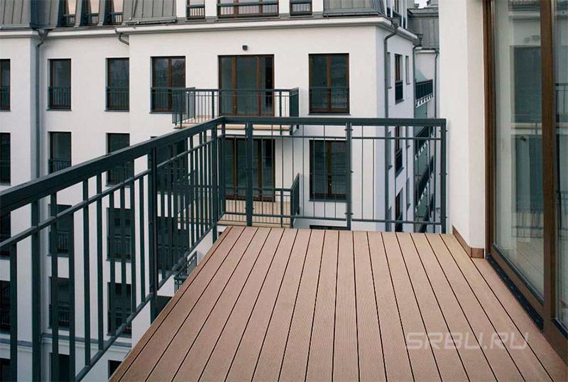 Настил террасной доски на балконах