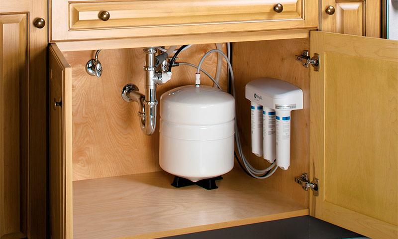 Какой фильтр для воды выбрать под мойку - разновидности и критерии выборы