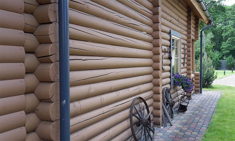 Чем покрасить деревянный дом снаружи, какую краску лучше всего выбрать