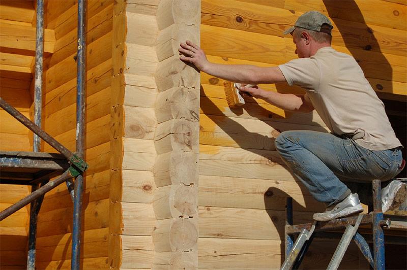 Окраска нового деревянного дома антисептиками