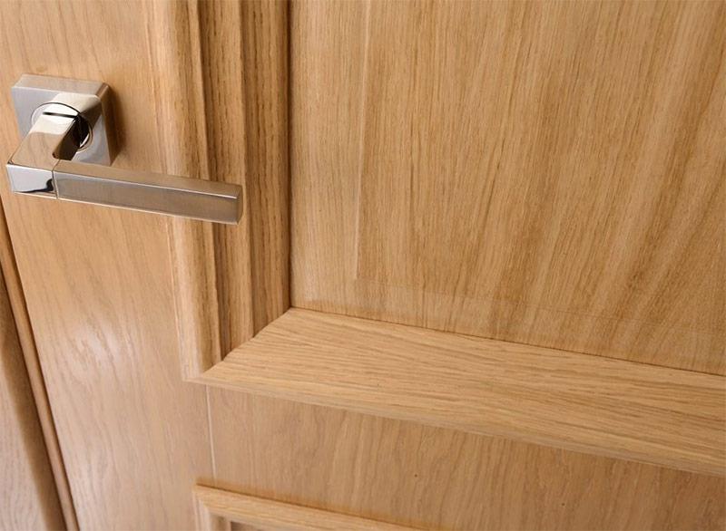 Двери покрытые шпоном