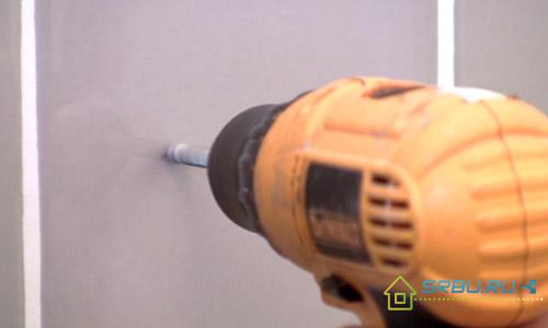 Как сверлить керамическую плитку - подбираем инструмент и сверлим