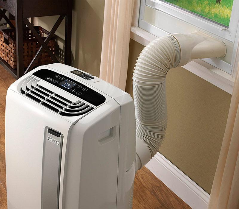 Отвод воздуха через вставку окна